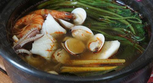 Mát trời ăn lẩu hải sản kiểu Thái - 12