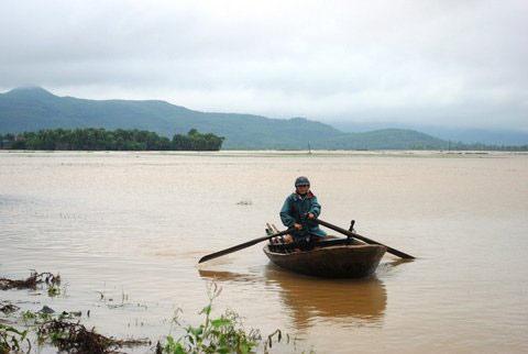 Thanh Hoá, Nghệ An chìm trong biển nước - 13
