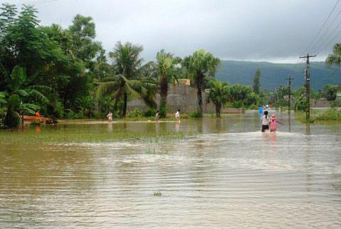Thanh Hoá, Nghệ An chìm trong biển nước - 15
