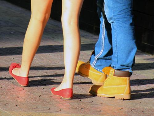 Ngắm giày, dép trên phố Sài Gòn - 12