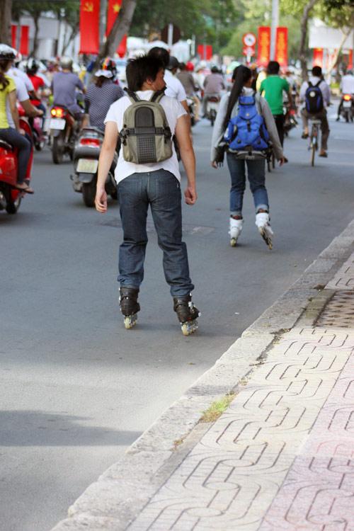 Ngắm giày, dép trên phố Sài Gòn - 14