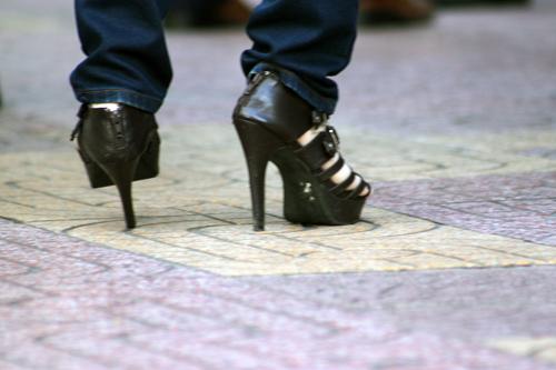 Ngắm giày, dép trên phố Sài Gòn - 8