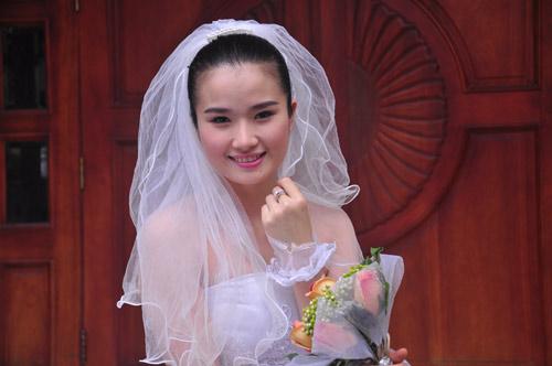 Cao Thùy Dương vỡ mộng vì hôn nhân - 10