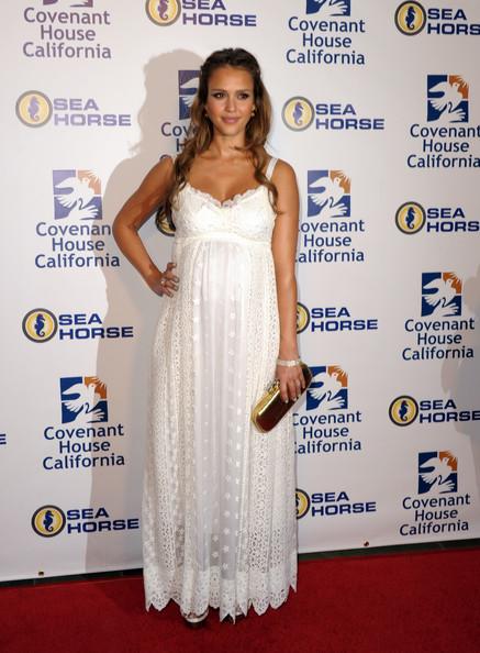 Những bà bầu tuyệt đẹp tại Hollywood - 10
