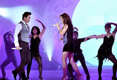 Hoài Linh sẽ 'đại náo' show Nguyễn Hưng - 2