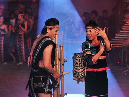 Ngọc Oanh hóa cô gái Tây Nguyên - 9