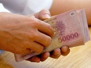 Đề xuất tăng lương cho cán bộ, công chức - 1