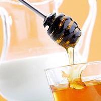 Người cao tuổi nên ăn mật ong thay đường