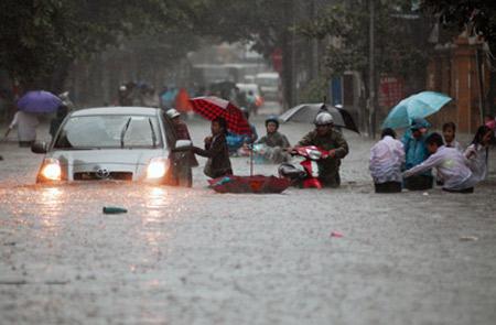 Bão số 5 có thể gây lụt ở Hà Nội - 2