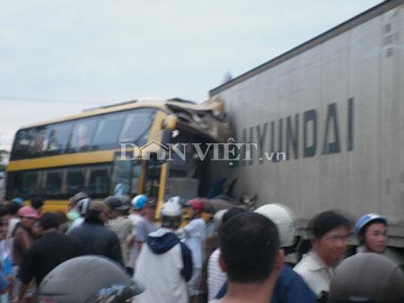 Tai nạn kinh hoàng, 24 người thương vong - 6