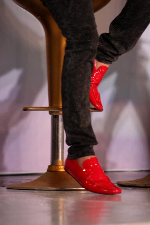 Những đôi giày chói lóa của Sao Việt - 15