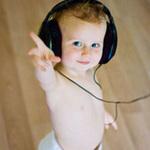 Cười 24H - Những chú bé nhảy theo điệu nhạc cực bốc