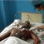 An ninh Xã hội - Kinh hoàng con mang xăng đốt nhà bố mẹ ruột