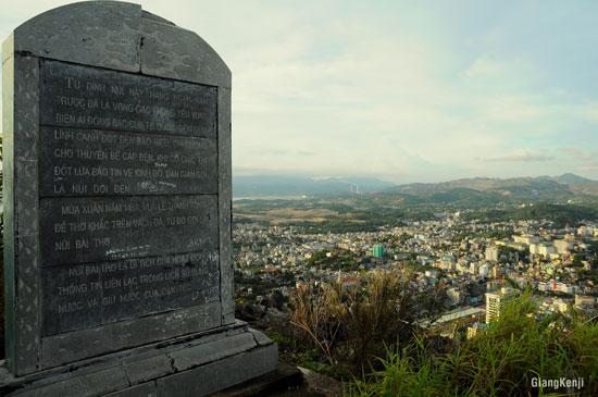 Khám phá Hạ Long từ đỉnh núi Bài Thơ - 7