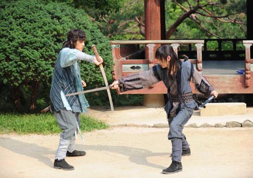 Chiến binh Baek Dong Soo lên màn ảnh - 2