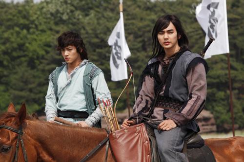 Chiến binh Baek Dong Soo lên màn ảnh - 1