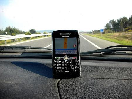 """Blackberry, iphone khuyến mãi giá """"sốc"""" trong tháng 7 - 5"""