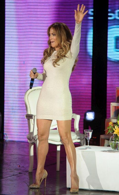 """J.Lo vòng 3 """"khủng"""" vẫn ham độn mông - 2"""