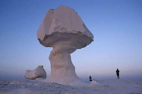 Những hình ảnh sa mạc đẹp lạ - 7