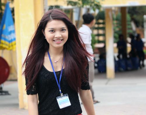 Bắt gặp Hoa khôi đi trông thi đại học - 16
