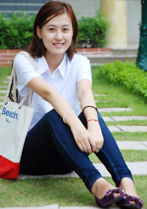 Hot girl Hà Lade thi vào trường mẹ giảng dạy - 3