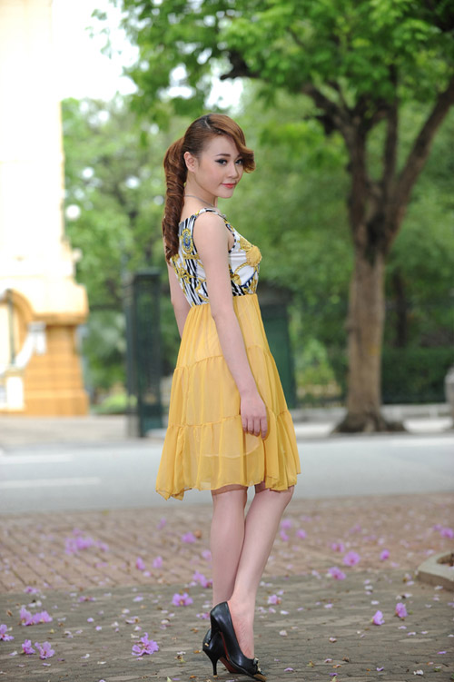 Mu vng tn da cho thiu n Vit, Thi trang, mau vang, mu vng, thieu nu viet, mac dep, phong cach thoi trang, cach su dung mau, cach su dung mau trong thoi trang,  mau vang trong thoi trang