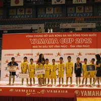 Lễ trao giải bóng đá nhi đồng Yamaha Cup 2012