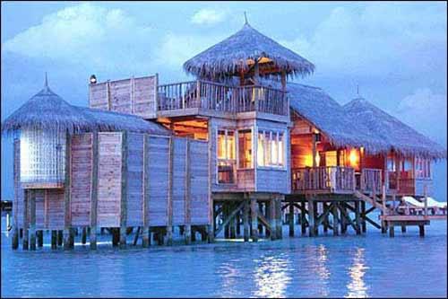 10 khách sạn nổi đẹp nhất thế giới - 10