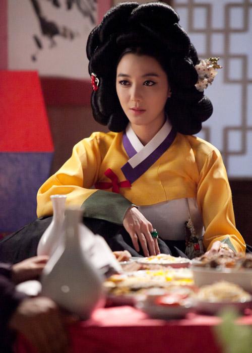 Mê mẩn kỹ nữ trong phim Việt - Hàn - 3