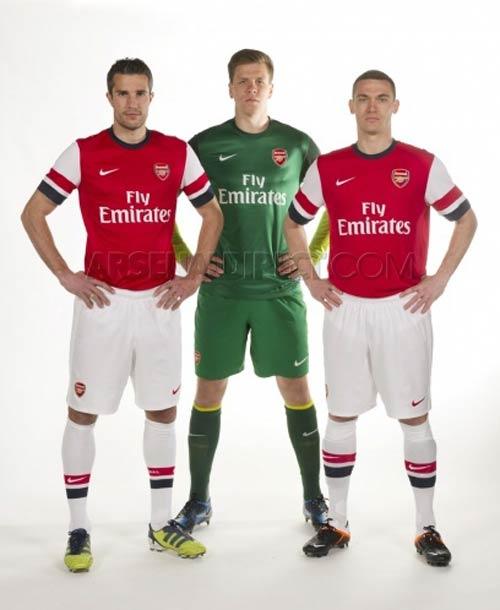 """Áo """"độc"""" cho sân khách của Arsenal - 4"""