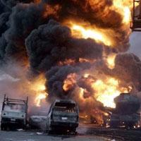 Nigeria: Hơn 100 người đi mót xăng chết cháy