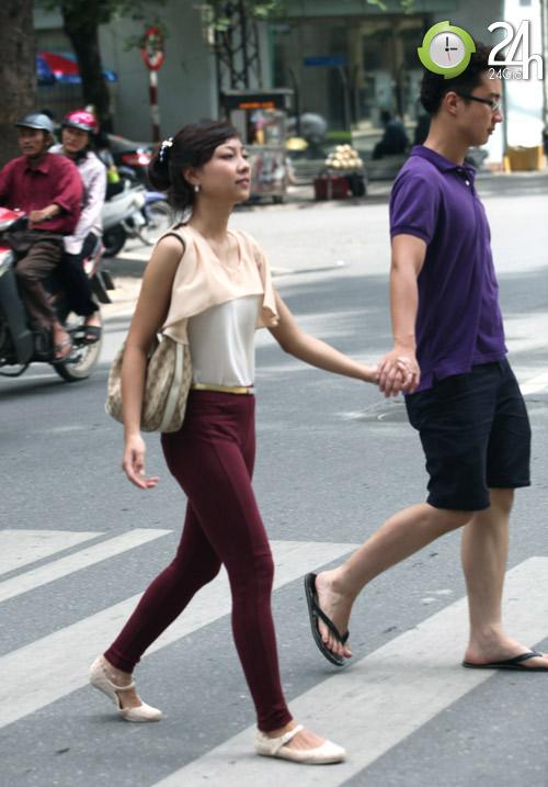 Dạo phố Hà Nội ngắm chân xinh - 12
