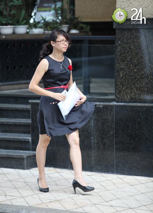 Dạo phố Hà Nội ngắm chân xinh - 3