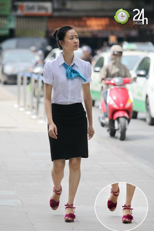 Dạo phố Hà Nội ngắm chân xinh - 1