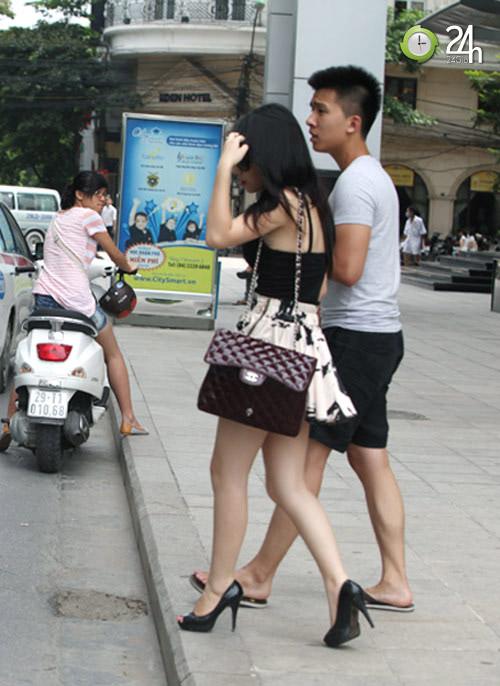 Dạo phố Hà Nội ngắm chân xinh - 2