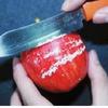 Lại phát hiện táo TQ bảo quản bằng sáp nến