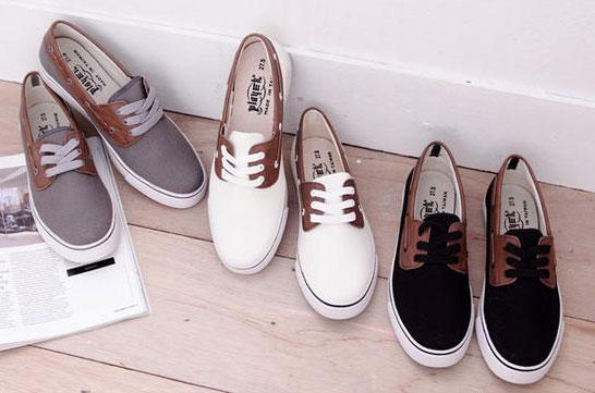 Cách phối giày vải với quần áo đi làm - 2