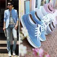 Cách phối giày vải với quần áo đi làm