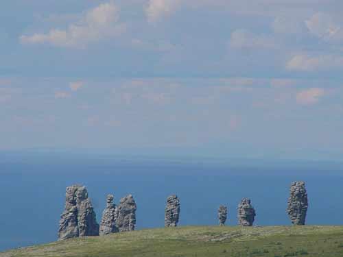 Thăm 7 'gã khổng lồ' trấn giữ vùng núi của Nga - 3