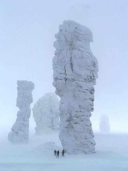 Thăm 7 'gã khổng lồ' trấn giữ vùng núi của Nga - 8