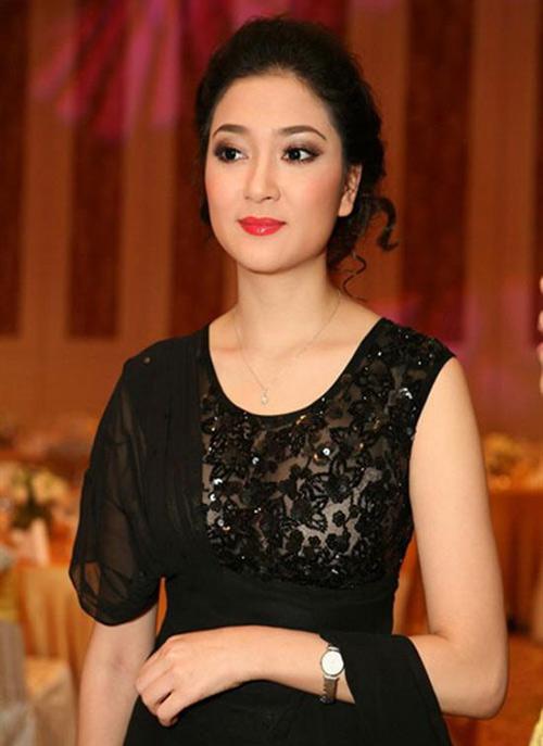 Những làn môi hút hồn của showbiz Việt - 3