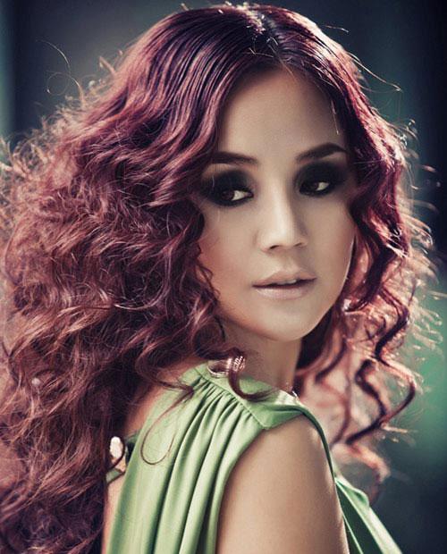 Những làn môi hút hồn của showbiz Việt - 14