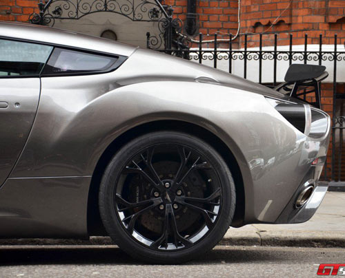 Aston Martin V12 Zagato xuất hiện London - 12