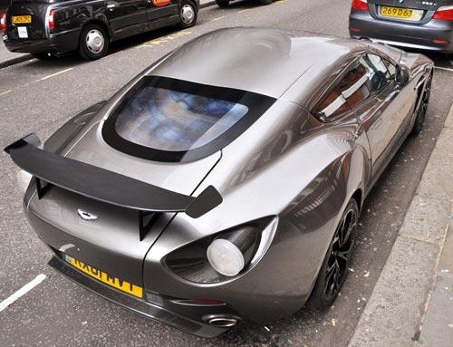 Aston Martin V12 Zagato xuất hiện London - 3