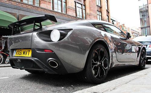 Aston Martin V12 Zagato xuất hiện London - 5