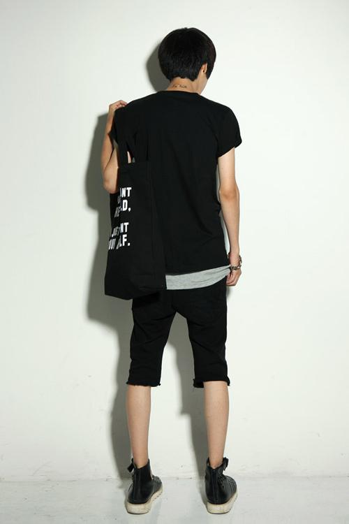Đa phong cách với túi xách như trai Hàn - 9