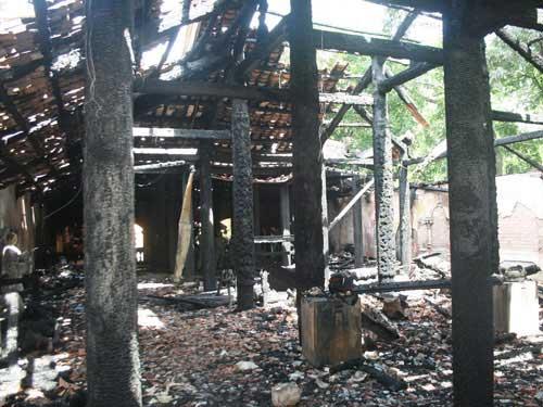 Cháy chùa cổ Hội Sơn, chánh điện bị thiêu rụi - 1