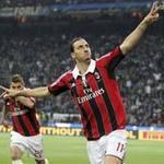 Bóng đá - Ibrahimovic chính thức cập bến PSG