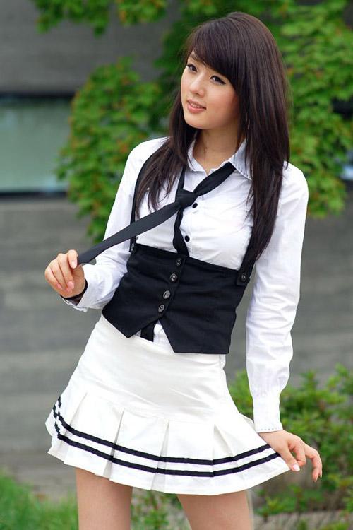 Xuống phố xinh tươi như Hwang Mi Hee - 8
