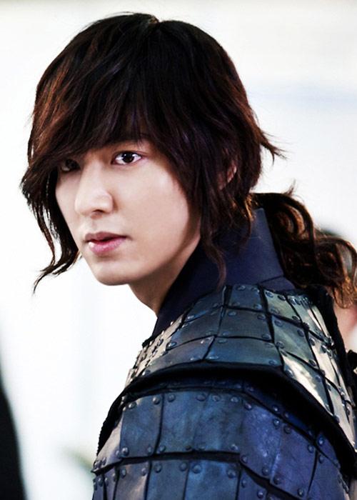 Lộ cảnh Lee Min Ho bắt cóc Kim Hee Sun - 2